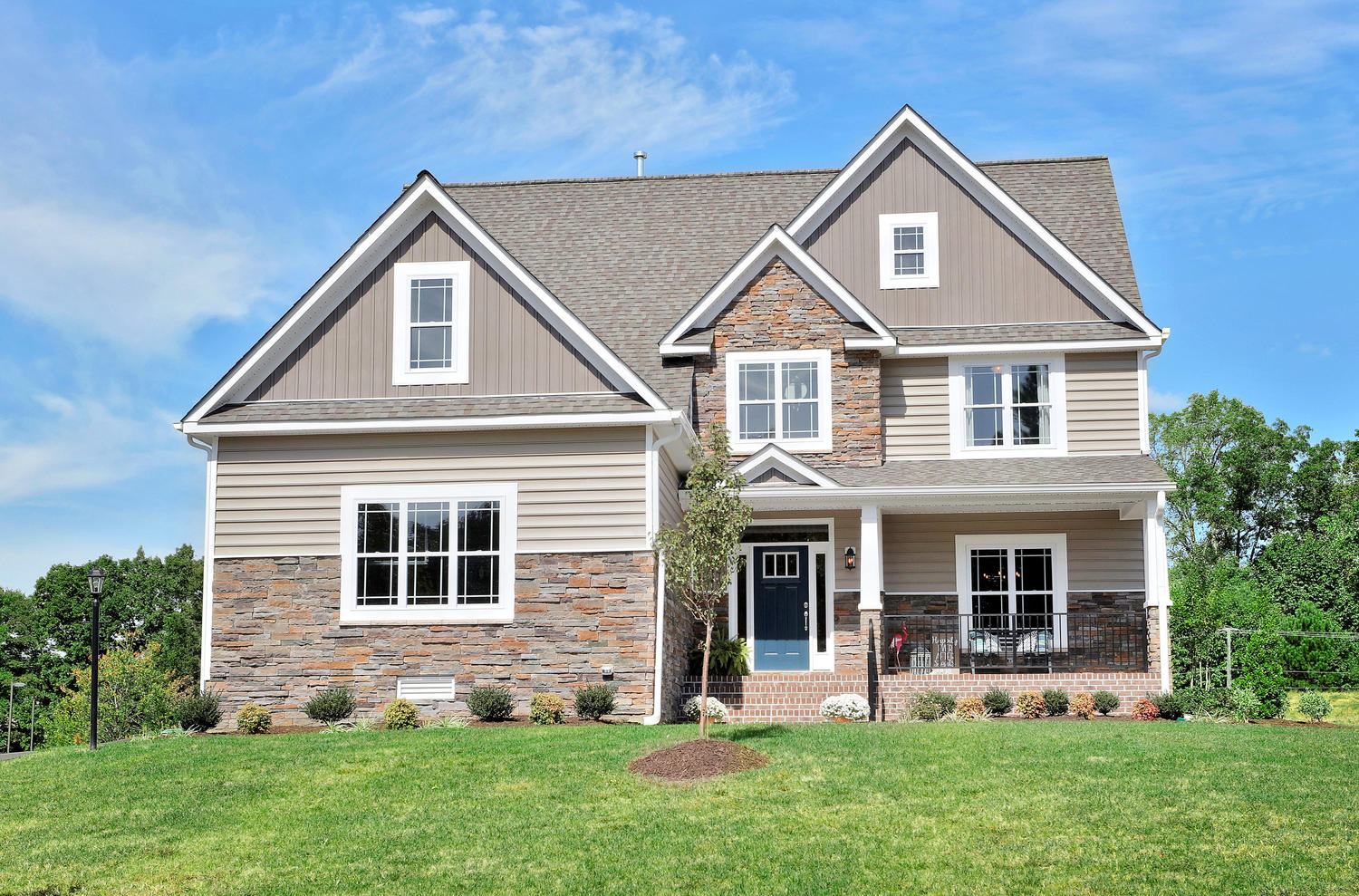 Single Family for Sale at Windermere-The Rosewood 5578 Bankstown Ln Richmond, Virginia 23237 United States